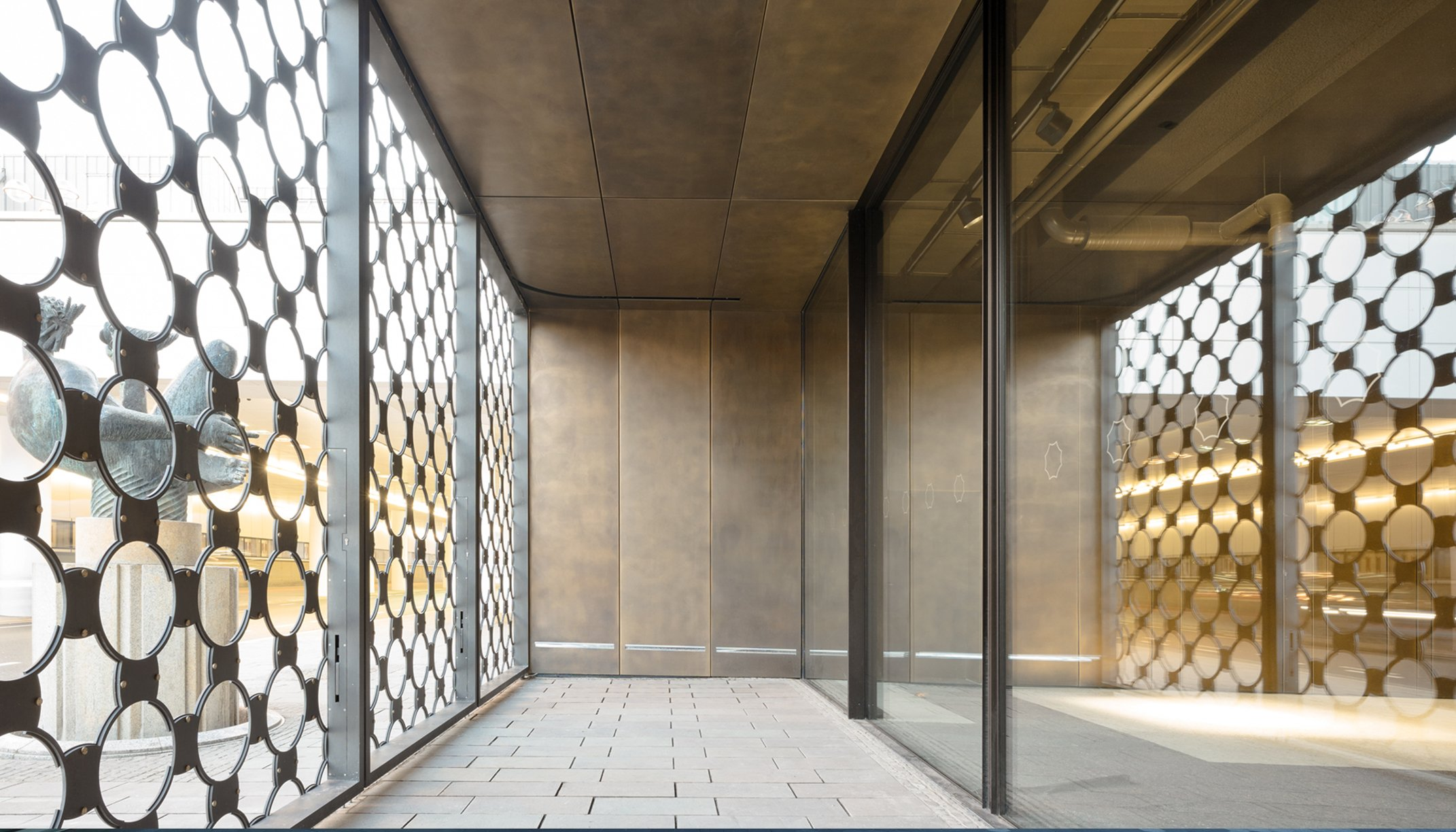 "Detail view ""Baptisterium Cologne""; Brass facade cladding"